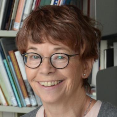 Dr. Rotraud Ries